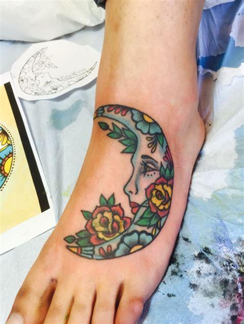 la luna tattoo best 25 la ideas on sun and moon