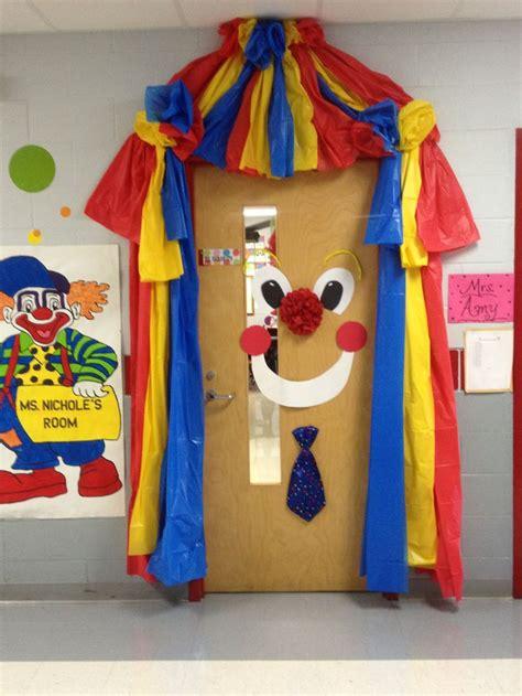 Clown Decorations clown circus door ideas