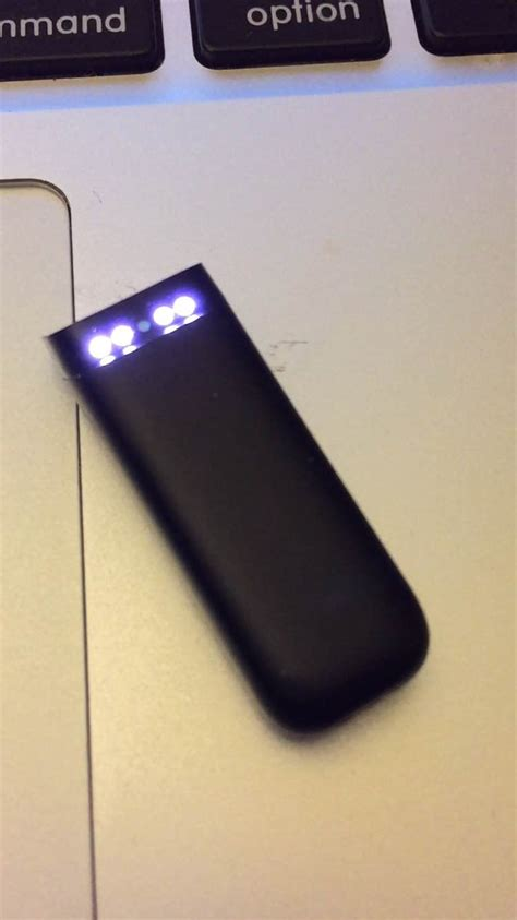 fitbit flex 2 lights meaning solved four lights blinking lights 1 2 and 4 5 fitbit