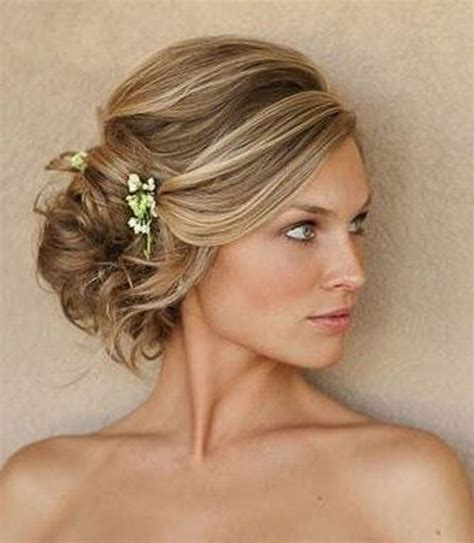 from hair to curls wedding hairdos for the - Wedding Hair Bun On The Side