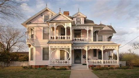 cottage style exterior cottage style homes exteriors victorian style home