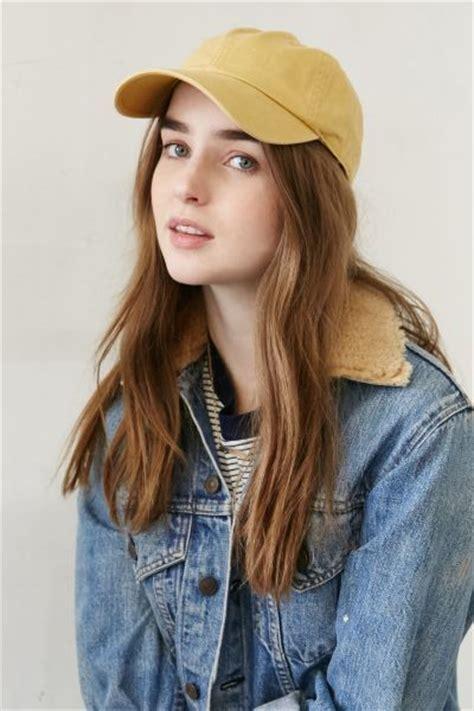 Ho4902 Topi Hat 5 Corduroy ini jenis jenis topi yang sesuai dengan bentuk wajah