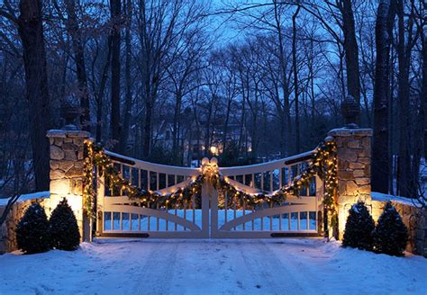 christmas driveways on pininterest comfortable relaxed and inviting home for the holidays traditional home 174 holi daze