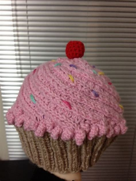 cupcake knitted hat pattern free 17 best ideas about crochet cupcake hat on
