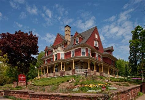 Bayfield Wi Bed And Breakfast Lakefront B B Cottage