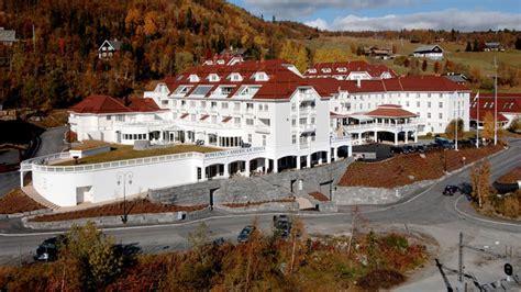 björnsen hotel con fantasma