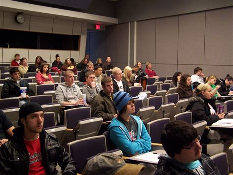 Http Www Sjsu Edu Lucasgsb Programs Mba Early Career Index Html by Lecture Discussion Gallery