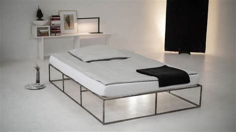 ion bett ion das metallbett im industriedesign aus berlin