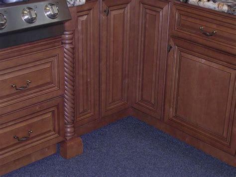 Cinnamon Glaze Kitchen Cabinets Cinnamon Maple Glazed Kitchen Cabinets