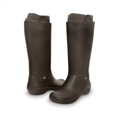 groundhog day adalah croc boots 28 images crocs black a leigh leather boot