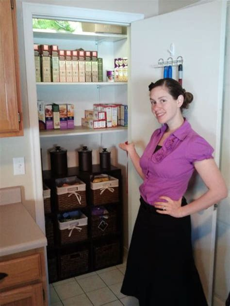 alejandra tv kelly organized her pantry beautifully