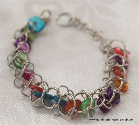how to make chainmaille jewelry free chain maille tutorials the rainbow choo choo