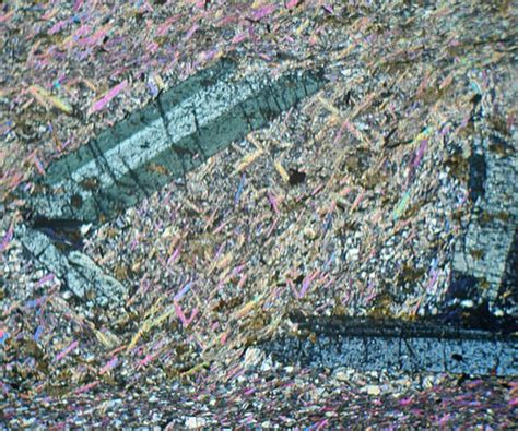 chloritoid thin section chloritoid mica schist scotland thin section microscope