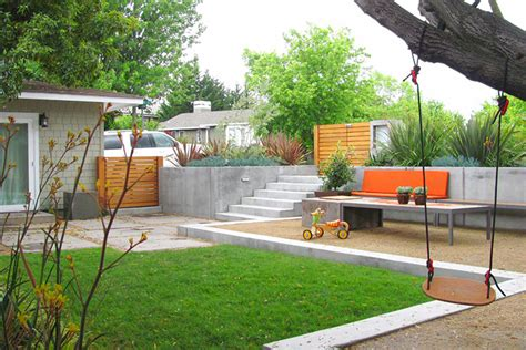 Modern Backyard Design Ideas   Montreal Outdoor Living
