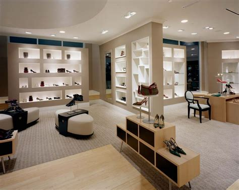 Stores For Room Decor by 25 Best Ideas About Shoe Store Design On Shoe