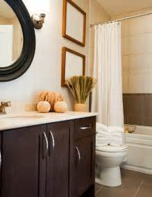Ideas To Decorate A Small Bathroom Bathroom Decor In 2012 Appealing And Attractivevgd Green
