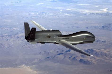 Drone Militer penemuan serpihan pesawat tanpa awak di perairan garut