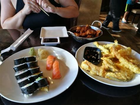 Sushi Kitchen by Rok Sushi Kitchen Japanese Restaurant 1200 Hermosa Ave In Hermosa Ca Tips And