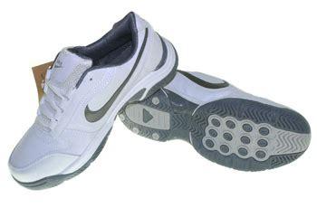 T Shirt Reebok 2 Abu nike big sepatu olahraga nike adidas reebok harga