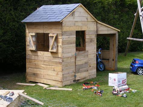 Construire Cabane En Palette by Construire Une Cabane En Palette De Bois