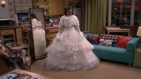 hochzeitskleid amy big bang theory sheldon loves amy in her wedding dress the big bang theory