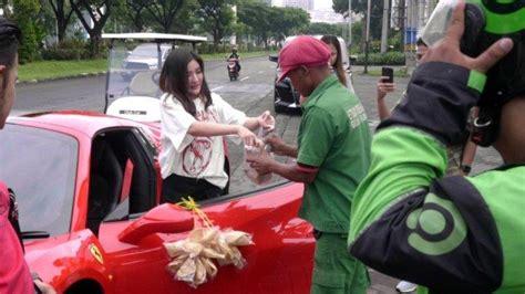 shandy purnamasari bagi sembako jadi viral