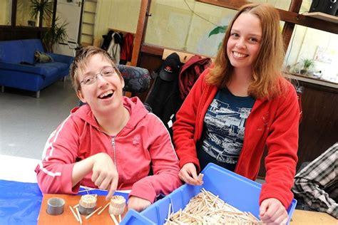 Anschreiben Arbeit Mit Behinderten Menschen Welches Image Hat Die Firma Zukunft Arbeit Gemeinn 252 Tzige Gmbh Bewertungen Nachrichten Such