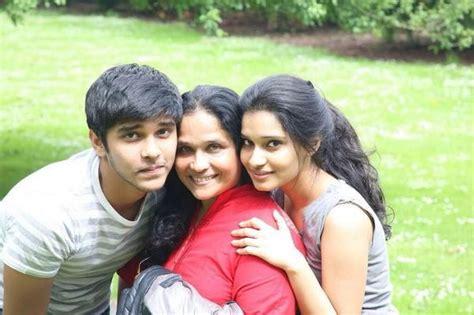 actor vikram father vinod raj vikram son dhruv krishna pics photos images gallery 21207