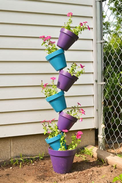 diy flower garden projects diy flower clay pot tower projects for garden 07 diy how to