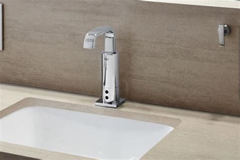 Grohe Automatic Faucet by Grohe Launches Two New Touchless Faucets