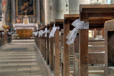 Hochzeitsdekoration Kirche by Hochzeitsdekoration In Kirche Festsaal Und Auf Der Feier