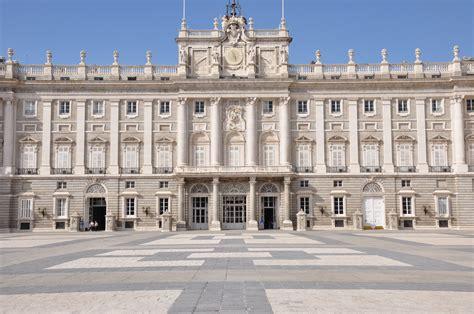 visita los principales museos gratis en madrid - Palacio Real Madrid Entrada Gratuita