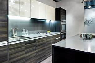 Lavish white and grey kitchen for hygienic and bright view ideas 4