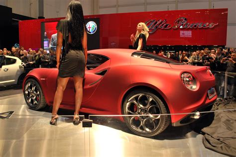 Women C 4 by Alfa Romeo 4c Concept Review Pictures Biser3a