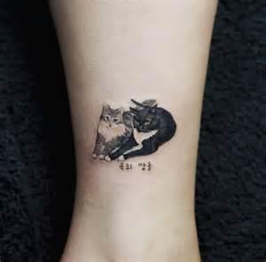 28 miniature animal tattoos for women small cat tattoos