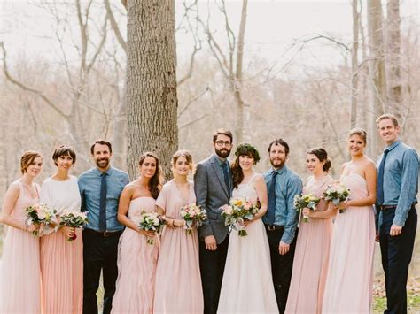 Wedding Pictures Of And Bridesmaids by Is A Mismatched Number Of Bridesmaids And Groomsmen Okay