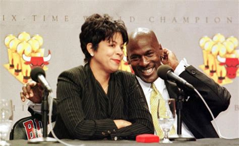michael jordan ex wife juanita michael jordan accused of fathering a love child ny