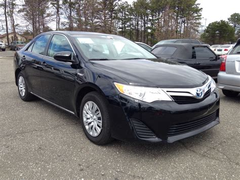 2014 toyota camry le review 2014 toyota camry pictures cargurus
