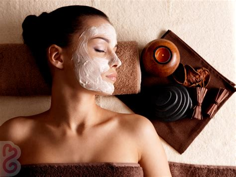 5 Home Made Masks For Winter Skin Care by 5 Masks For Acne