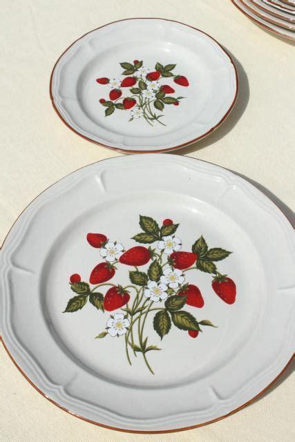 strawberry pattern   vintage gibson stoneware
