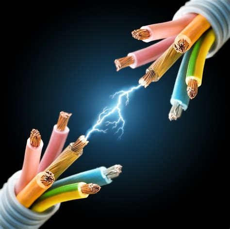 shutterstock 52411522 arc between cut wires 1 cropped