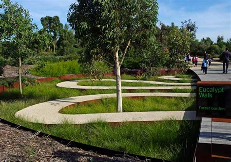 Cranbourne Botanical Gardens Cafe Gardensonline Gardens Of The World Cranbourne Royal