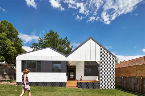 Social Media Room - suburban dialogue hip and gable house architectureau