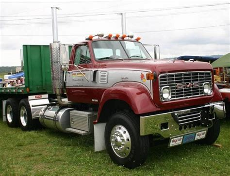 Image Gallery Old Gmc Semi Trucks