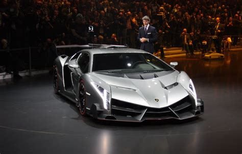 lamborghini veneno crash lamborghini egoista one off crashes lambo s 50th birthday