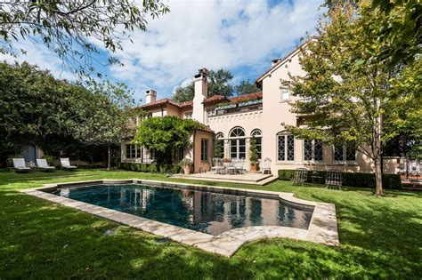 mansions in dallas dallas own italian villa hits the market this 4 9 million turtle creek mansion brings grand