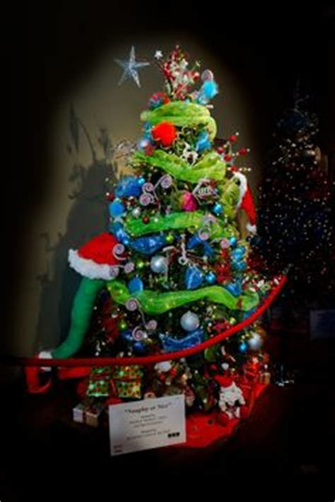 1000 images about fantasy themed christmas trees on