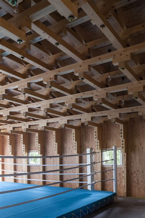 japanese woodworking school sala de arco e flecha e clube de boxe ft architects