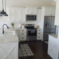 Best Material For Kitchen Cabinets Best 25 Fixer Kitchen Ideas On