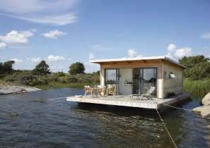 Small Homes On The Water Floating Retreat